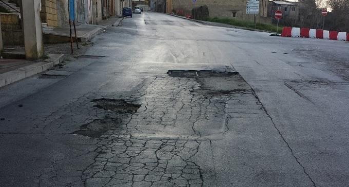 Partanna: dissesto stradale, interviene Rocco Caracci