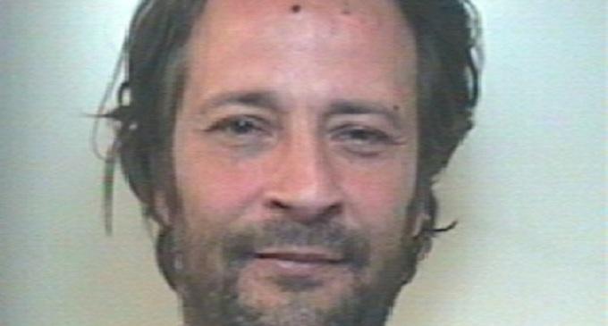 Alcamo: arrestato dai Carabinieri ladro d'appartamento in azione