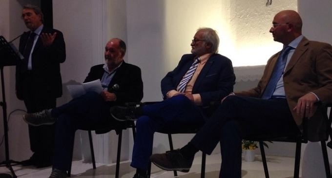 Custonaci: Giacomazzi emoziona il pubblico con i suoi versi