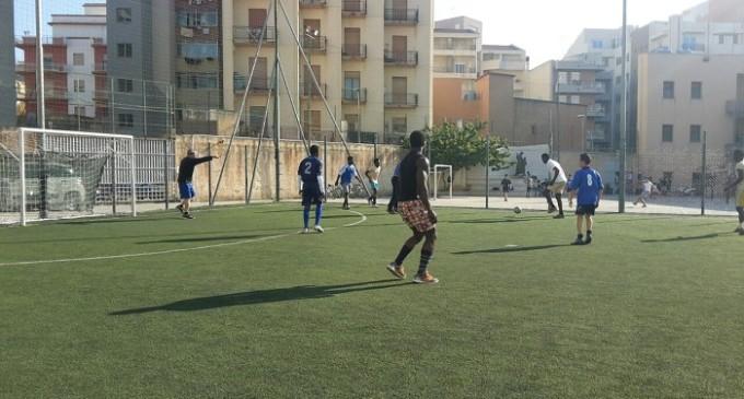 In campo contro il razzismo: torneo di calcio in vista della Giornata Mondiale del Rifugiato