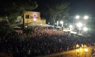 [FOTO] Partanna: pubblico numeroso per il concerto dei Tinturia