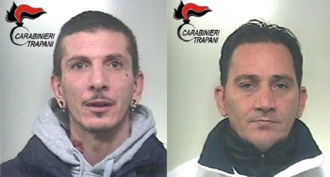 Mazara, i Carabinieri vanno a casa per arrestarlo: trovato nascosto nell'armadio della vicina