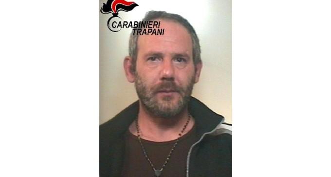 Alcamo: aggredisce carabinieri per sottrarsi al controllo, arrestato pregiudicato