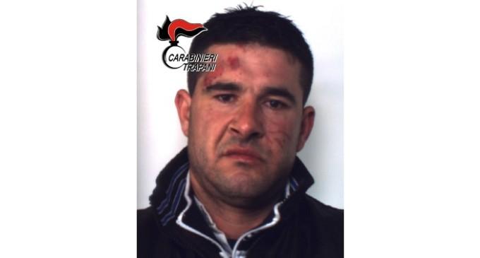 Si scaglia contro i Carabinieri armato di crick: bloccato e arrestato trentaquattrenne trapanese