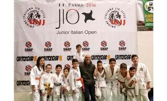 Brazilian Jiu Jitsu: la Trinacria BJJ ai Campionati Junior di Parma porta a casa 4 ori, 2 argenti e 5 bronzi