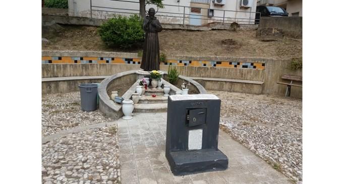 Santa Ninfa: furto sacrilego ai piedi della statua di san Pio