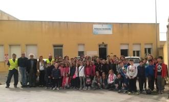 Marsala, Progetto Differenziandoci: alunni in visita all'isola ecologica di Ponte Fiumarella