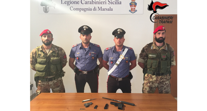 Marsala: nascondeva una pistola in casa, arrestato