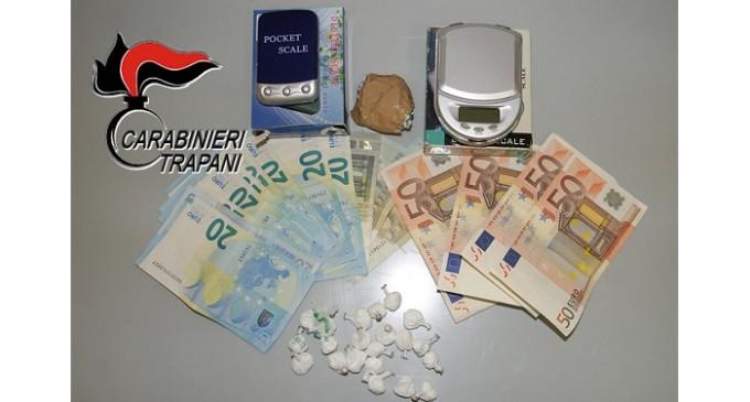 Trapani: voleva imbarcarsi per Marettimo con 24 dosi di cocaina, arrestato