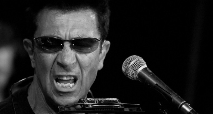 """Stasera a Partanna Notte Bianca con il cantautore Edoardo Bennato alle ore 24,30:  """"Niente musica fino alle ore 24"""""""