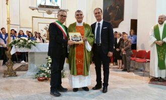 Partanna: Don Pino Biondo saluta la comunità