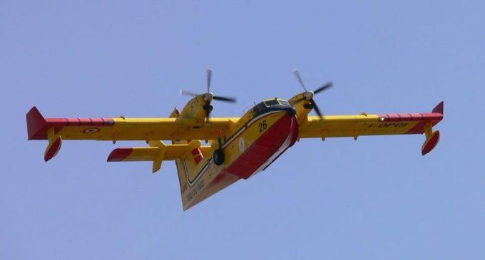 San Vito lo Capo, a fuoco un villaggio: 700 persone già salvate via mare ma servono imbarcazioni private