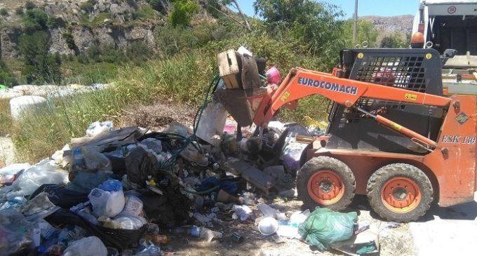 """Calatafimi, abbandono rifiuti. Tobia: """"I costi di bonifica ricadono su tutti i cittadini"""""""