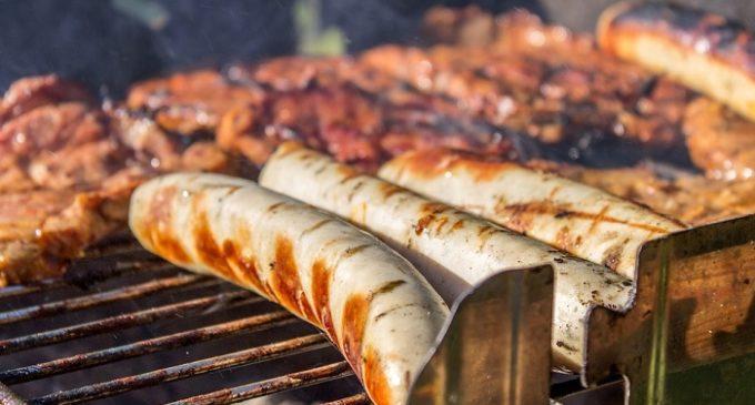 Santa Ninfa, la sagra della salsiccia e il cartellone dell'estate