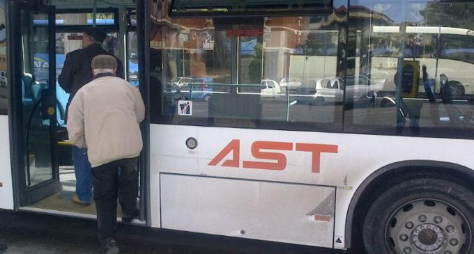 Partanna, tessere dell'Ast agli anziani per il trasporto extraurbano. Il via alle richieste