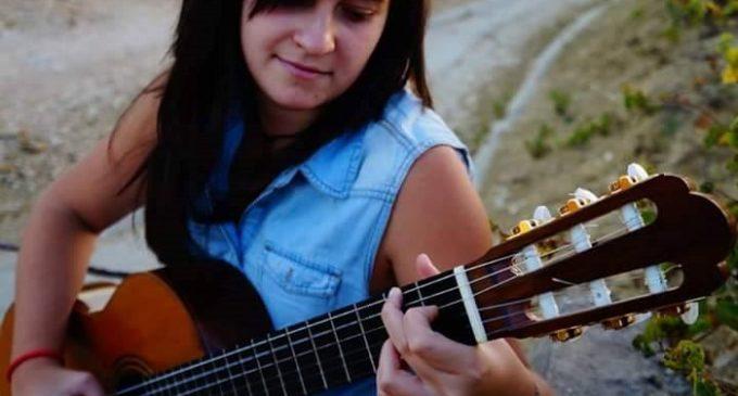 Marilena Cucchiara da Salemi al  Festival internazionale di Noto. La sua passione è la chitarra!