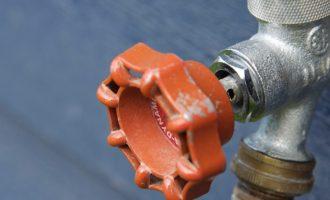 Partanna, manca l'acqua da un mese a Vellesecco. Cittadino denuncia l'interruzione di pubblico servizio