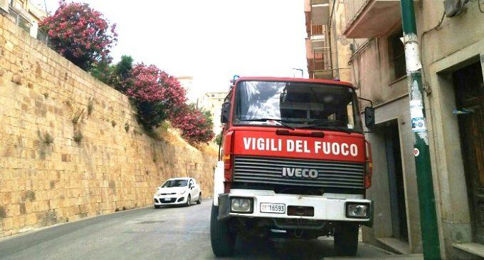 Mezzi dei Vigili del fuoco fuori uso: Salemi fermo da una settimana