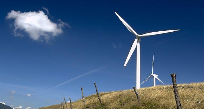 Società dell'eolico condannata al risarcimento. Vendeva mini pale eoliche senza mai consegnarle agli acquirenti