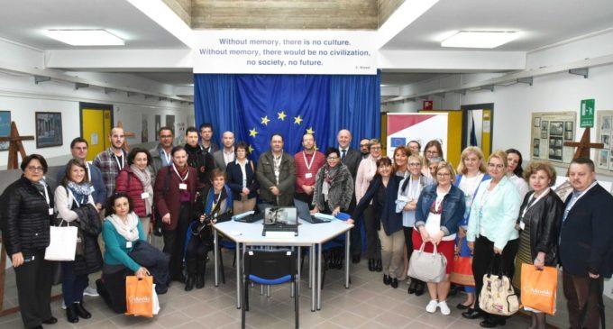 "L'Erasmus Plus approda all'Istituto ""F. D'Aguirre-D. Alighieri"", condivisione culturale tra 5 paesi"