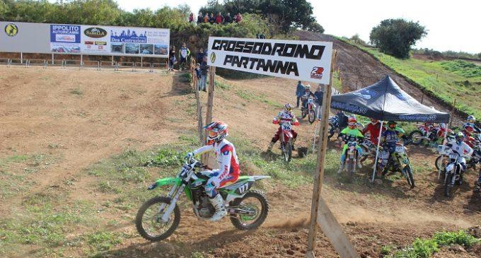 """Buona la prima per Il """"Moto Club Valle del Belice"""": grande riscontro di pubblico per il campionato regionale di Motocross"""
