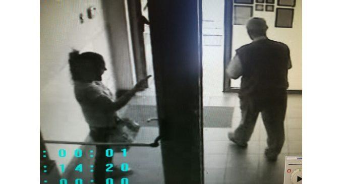 Rapina e picchia anziano alle poste, arrestata 35enne
