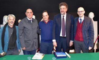 Santa Ninfa: La Sicilia secondo Savatteri; allo scrittore il premio «Cordio»