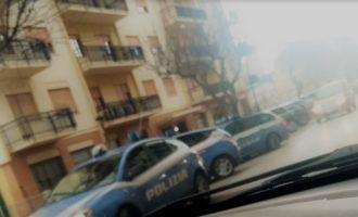 Salemi, Reparto prevenzione crimine della Polizia: Irruzione in un palazzo