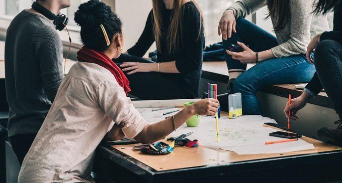 Giovani e tecnologia: puntualizzazioni di Denise Salvo