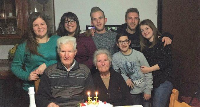 """Margherita e Paolo, 57 anni insieme. Il loro """"si"""" nella Chiesa Madre di Gibellina vecchia"""