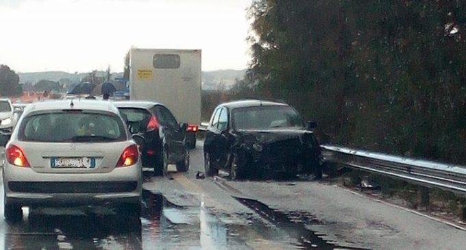Ghiaccio in autostrada. Incidente tra Santa Ninfa e Castelvetrano (Foto)