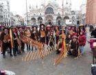 """[FOTO] I Giardinieri di Salemi al Carnevale di Venezia Venuti: """"Maschera simbolo che merita notorietà"""""""