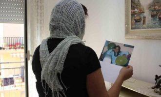 Piera Aiello in Parlamento col burqa? L'infelice battuta di due conduttori radio