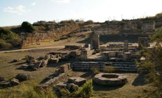 Visita al Parco archeologico di Selinunte, tappa al santuario della Malaphoros