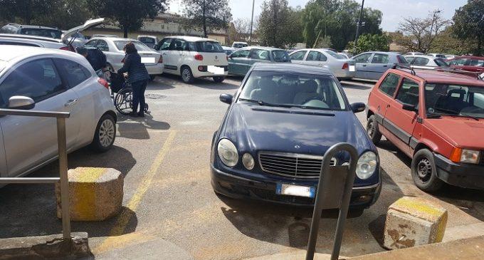 Ospedale Castelvetrano, tolleranza zero con chi occupa abusivamente i parcheggi dei disabili