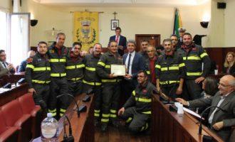 Comune di Salemi, conferito l'encomio solenne ai Vigili del fuoco (foto e video)