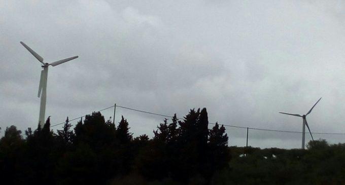 Salemi, Pale eoliche di San Ciro: Decibel oltre i limiti di legge, ma le eliche continuano a girare