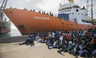 Salvini: «Chiudiamo i porti!». Italia divisa a metà: accoglienza o speculazione finanziaria?