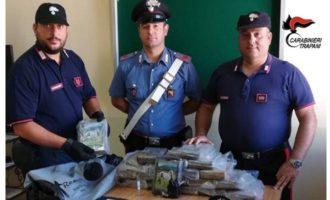 Pantelleria, Carabinieri trovano un borsone con 2 milioni di euro di Cocaina (Video)
