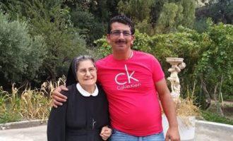 Dopo 40 anni rincontra le suore del collegio. La storia di Antony e i suoi indelebili ricordi