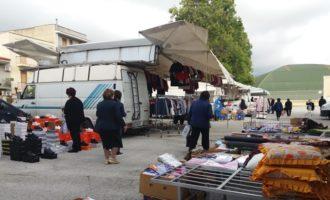 """Salemi: disagi al mercato rionale: manca l'acqua, chiusi i bagni. L'appello:"""" Qualcuno intervenga"""""""