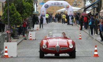 """La """"Targa Florio"""" fa tappa nel trapanese: auto storiche a Pianto Romano, Gibellina e Partanna"""