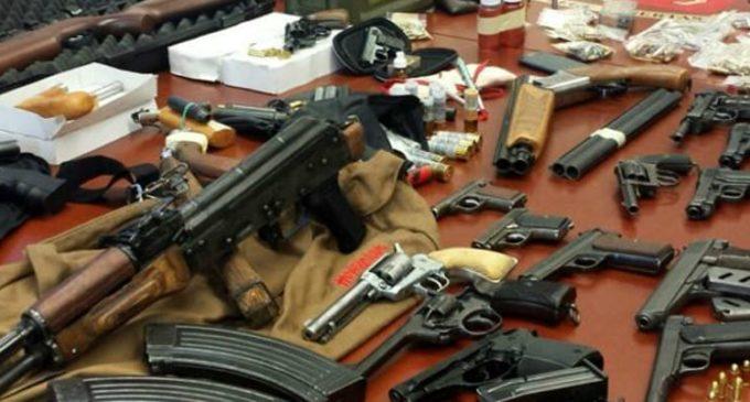 Scoperto arsenale con mitragliatori e anche kalashnikov. Altro duro colpo per la mafia trapanese