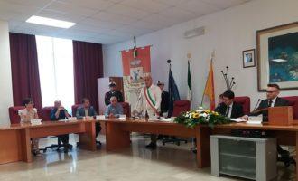 """Santa Ninfa: il Consiglio comunale dice """"no"""" alla presa in carico della rete Eas"""