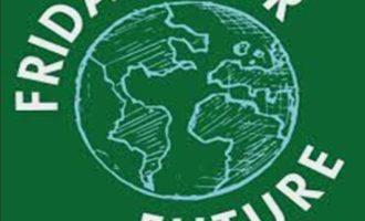 """Vita, Uniti per il """"Friday for Future"""" per un uso più corretto di plastica e acqua"""